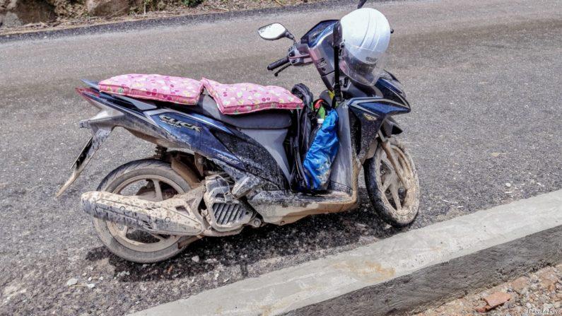 На дорогах Лаоса