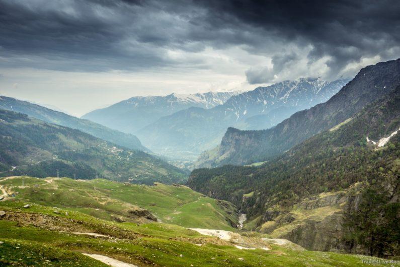 Вид перевала Ротанг