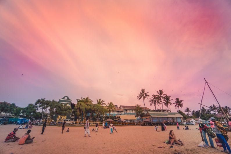 Закат на единственном пляже Негомбо
