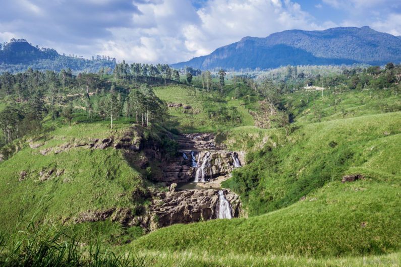 Водопад Сент-Клер, недалеко от НувараЭлии
